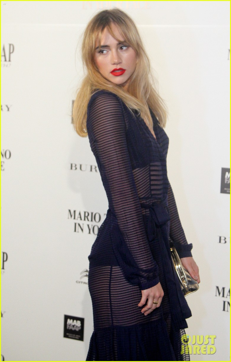 suki waterhouse goes totally sheer for mario testino event 083185918