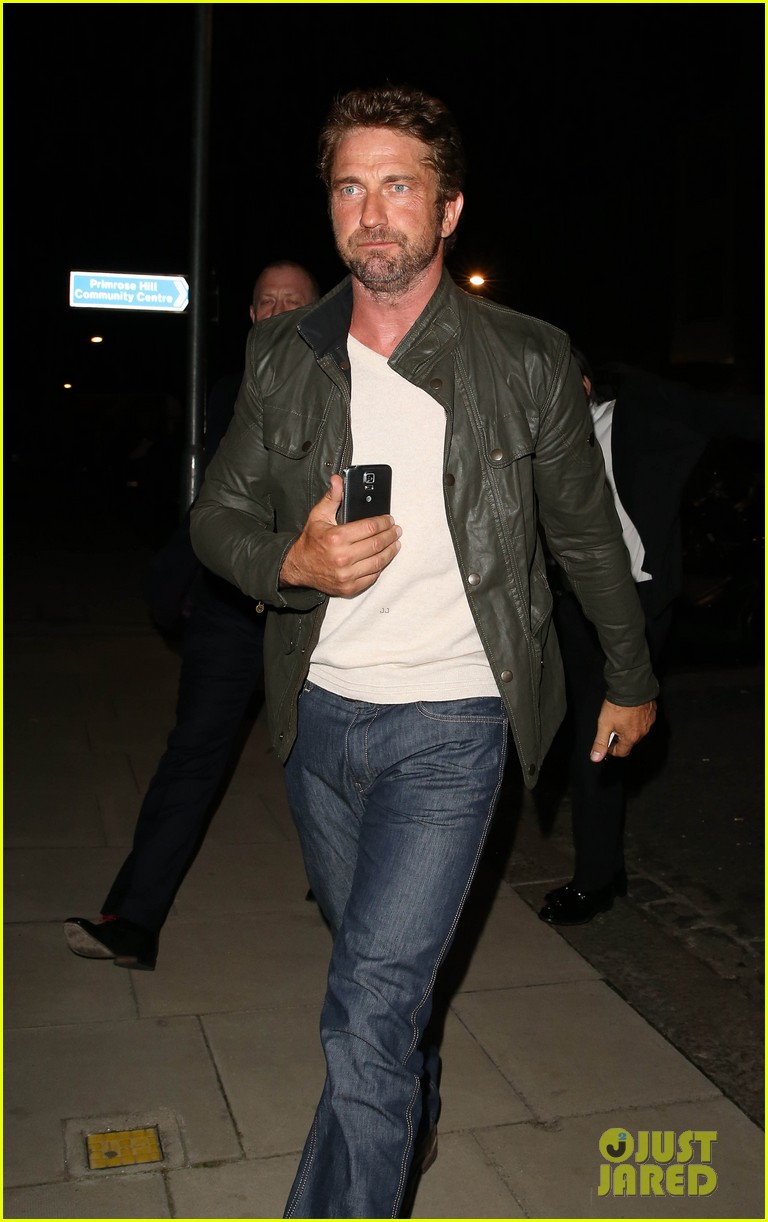 gerard butler steps out for gq men of the year awards 2014 after party 08