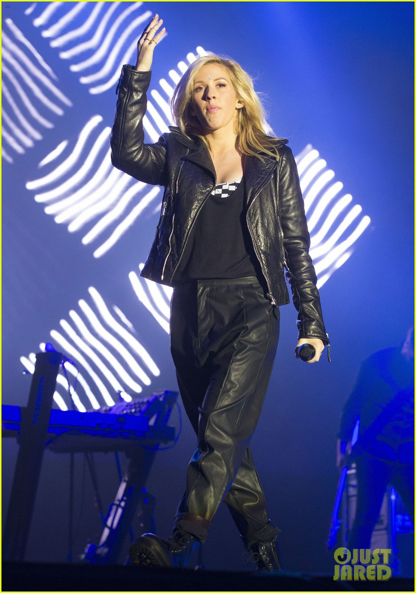 ellie goulding thanks last summer festival performance 11