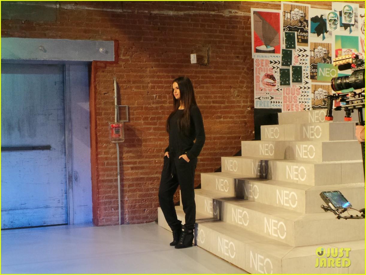 selena gomez adidas neo label show 093188698