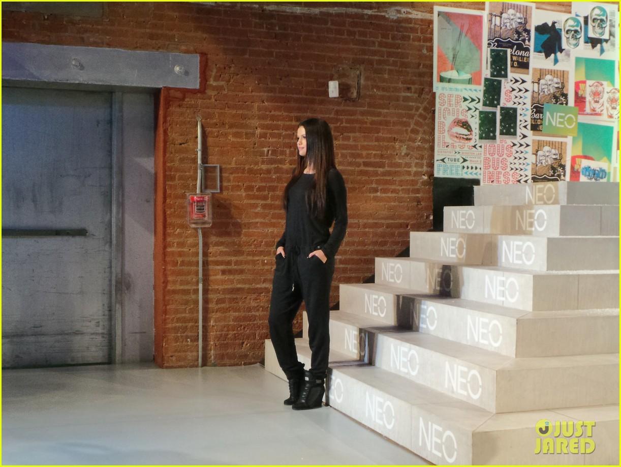 selena gomez adidas neo label show 10