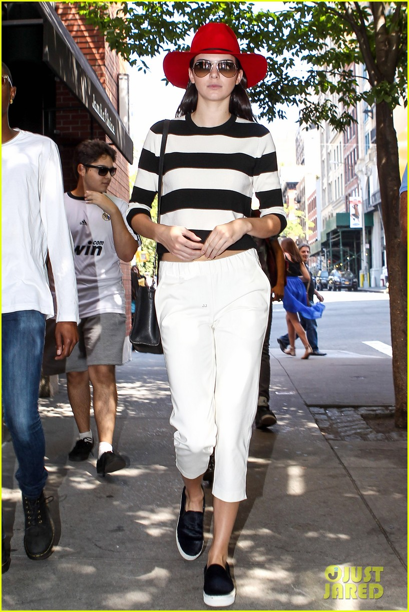 kendall jenner miss jenner if ya nasty 013189268