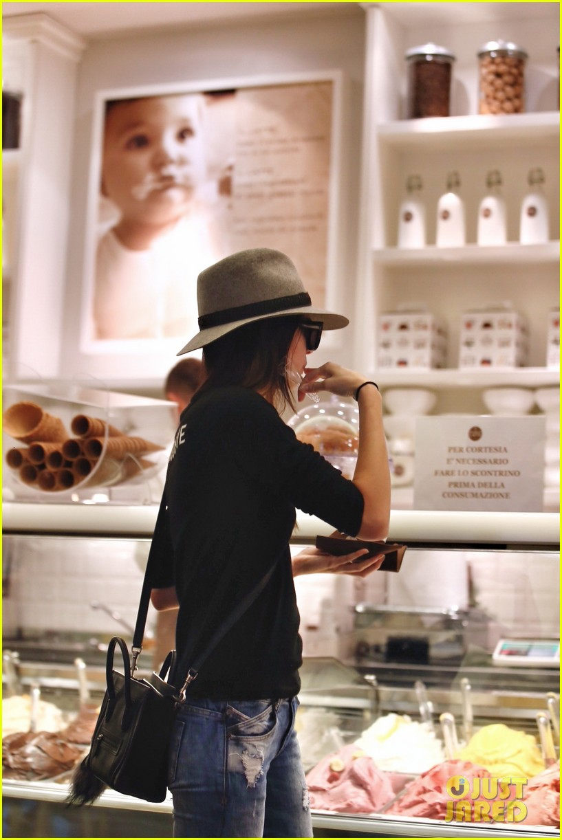 Kendall Jenner Takes A Break From Modeling To Eat Some Ice
