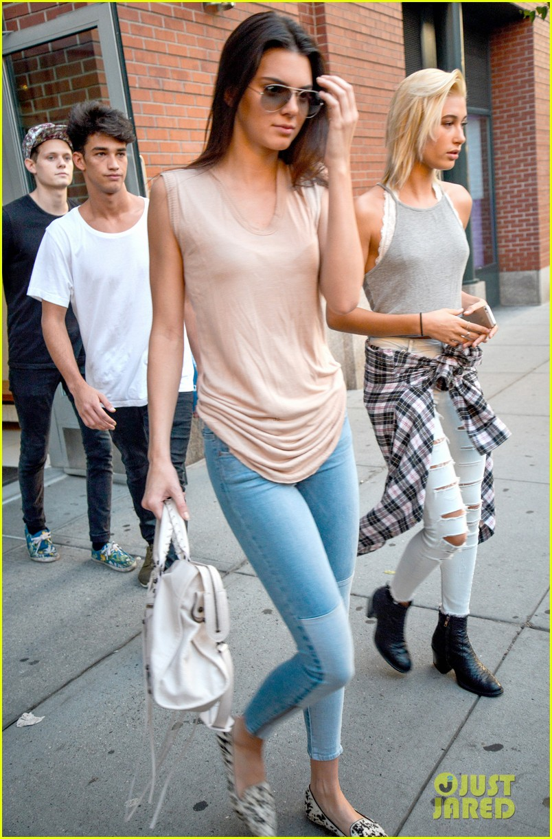 kendall jenner business mtg hailey baldwin kylie 153187976