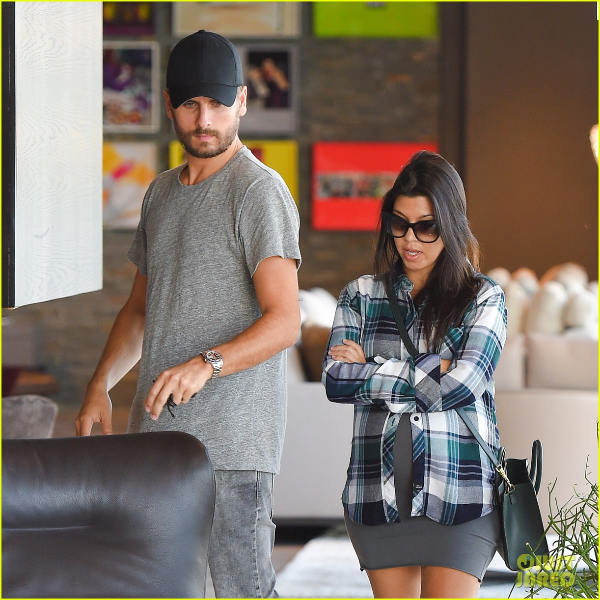 Kourtney Kardashian U0026 Scott Disick Go Furniture Shopping For Expanding  Family