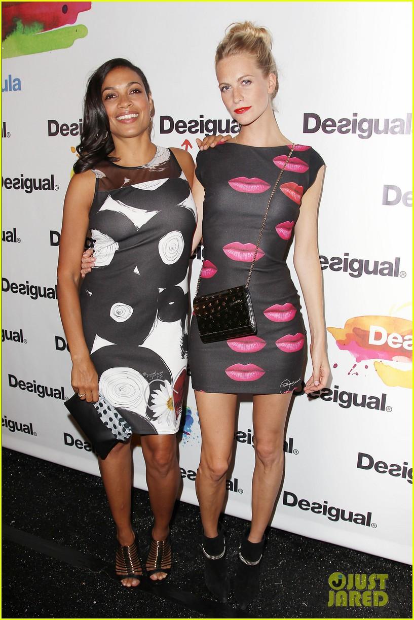 adriana lima walks the runway for desigual fashion show 17