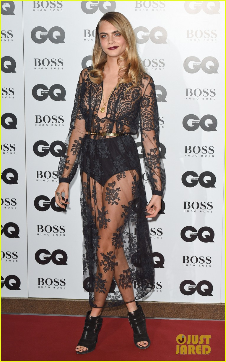 rita ora cara delevingne gq men of the year awards 08