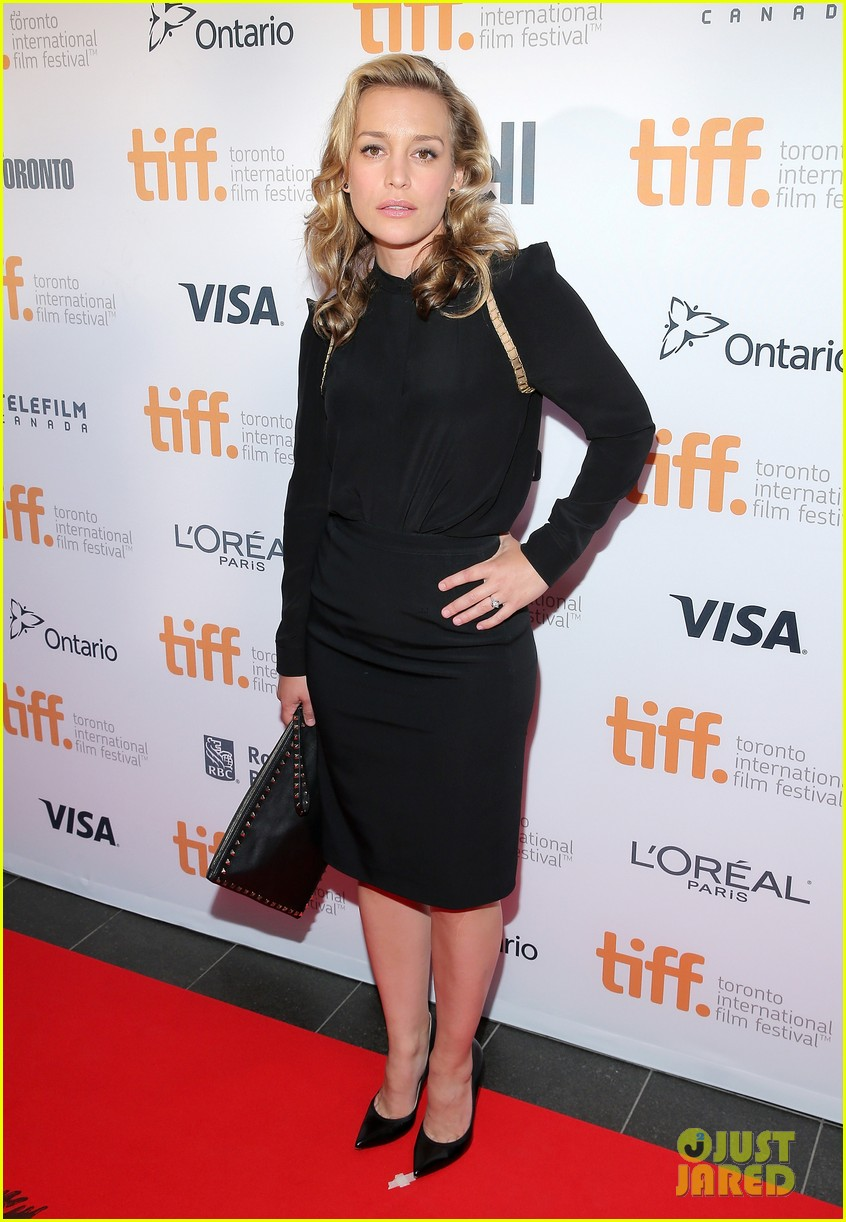 piper perabo gabriel macht put on their best for the tiff gala 2014 10