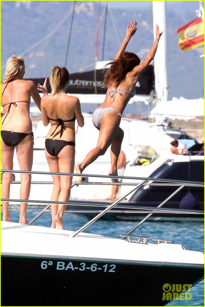 nicole scherzinger bikini body 023187310