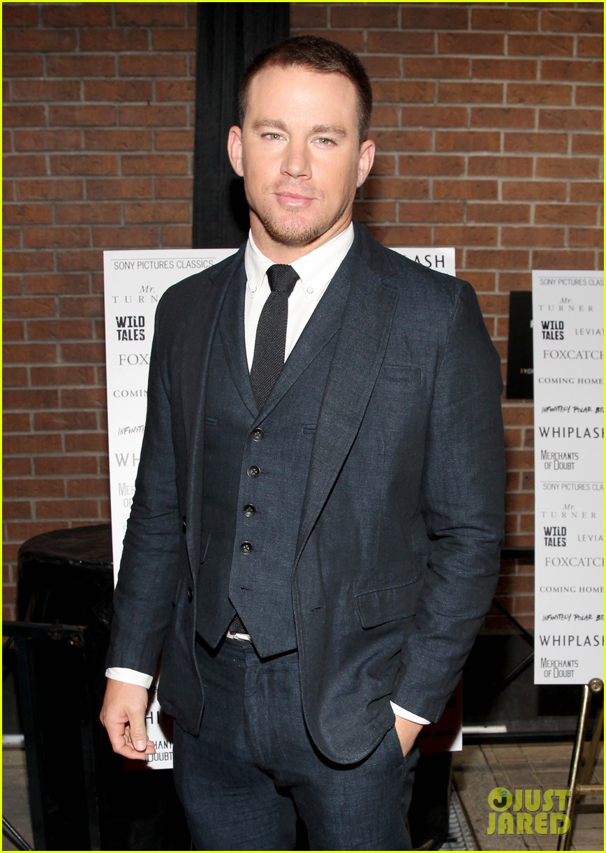 Channing Tatum Everly movimento agitando 02