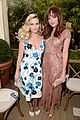 reese witherspoon meets up with dakota johnson jaime king at cfda 07