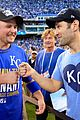 paul rudd celebrates kansas city baseball win by inviting world to a keggar 03