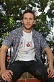 ryan kwanten visits sick children sydney 02