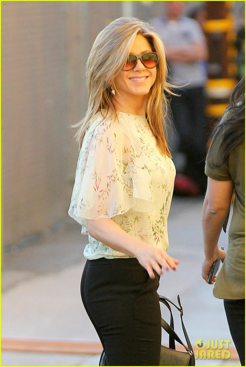 Jennifer Aniston Bare Butt 115
