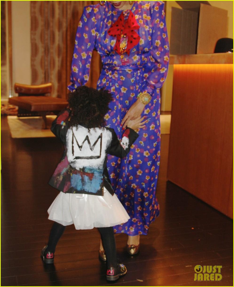 Beyonce Stuns As Frida Kahlo For Second Halloween Costume: Photo ...
