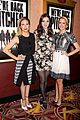 hailee steinfeld brittany snow surprise audience at pitch perfect screening 03