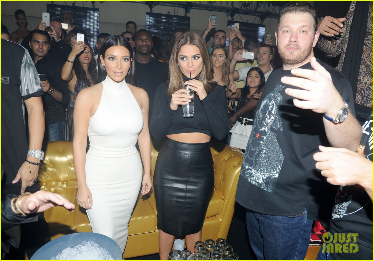 kim kardashian parties with french montana surprises the troops 143249030