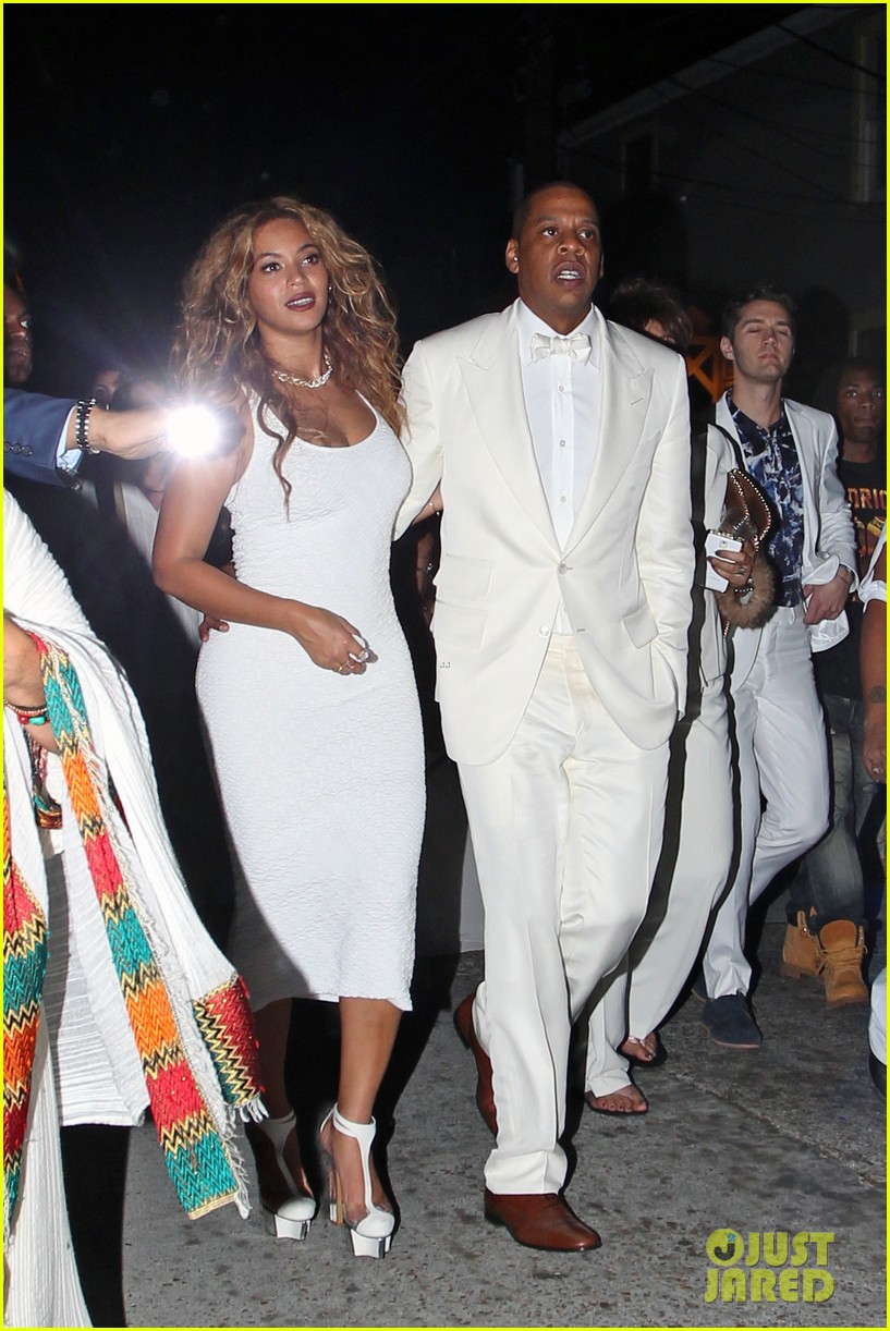 """solange dating Why fans think jay-z's '4:44′ album title is inspired by solange knowles'  elevator attack by nicholas  """"i'm at the standard where solange beat jay-z's  ass in the elevator  the disturbing truth of dating naked opens."""