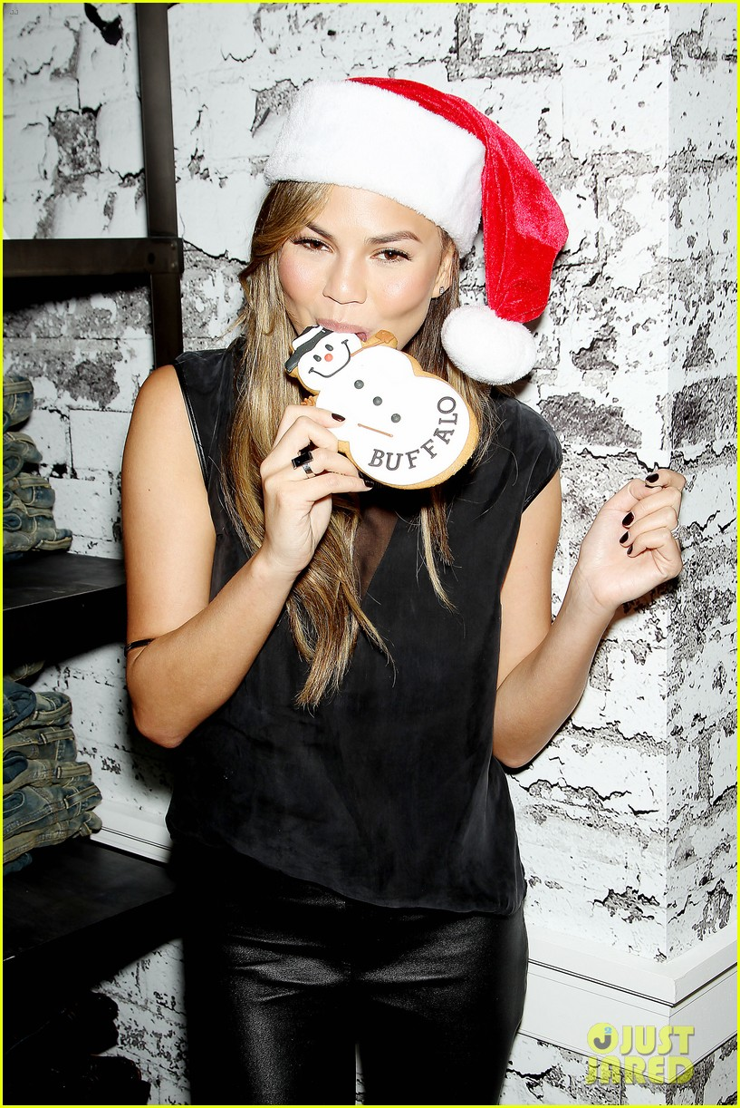 chrissy teigen never known to be eloquent 023260350