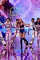 ariana grande smacked by angel wings 15