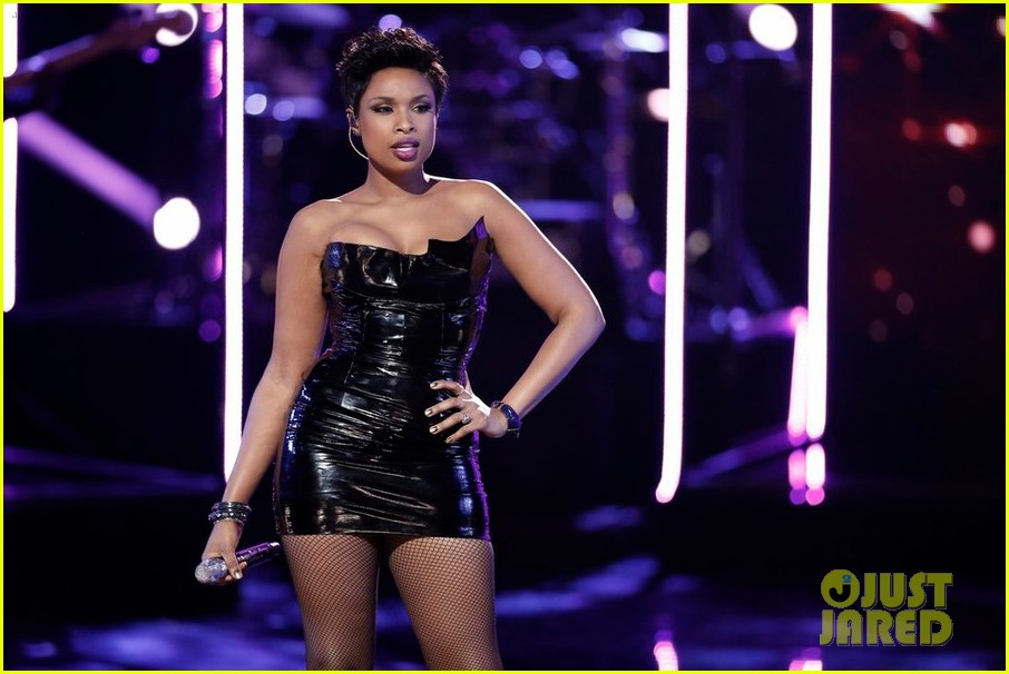Jennifer hudson amp jessie j bring the sexy to the voice season finale