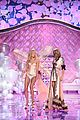 lily aldridge karlie kloss share moments with taylor swift 09