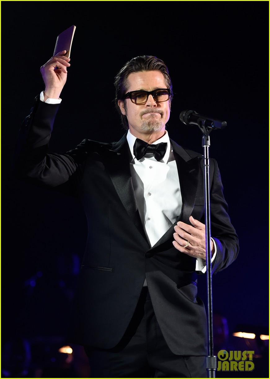 Brad Pitt Introduces Rihanna's Performance at Inaugural Diamond Ball ... Brad Pitt