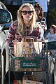 reese witherspoon jim toth grocery shopping 03