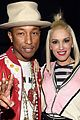 gwen stefani pharrell williams perform spark the fire at people mag awards 04