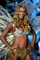 candice swanepoel lindsay ellingson victorias secret fashion show 2014 07