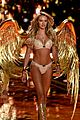 candice swanepoel lindsay ellingson victorias secret fashion show 2014 11