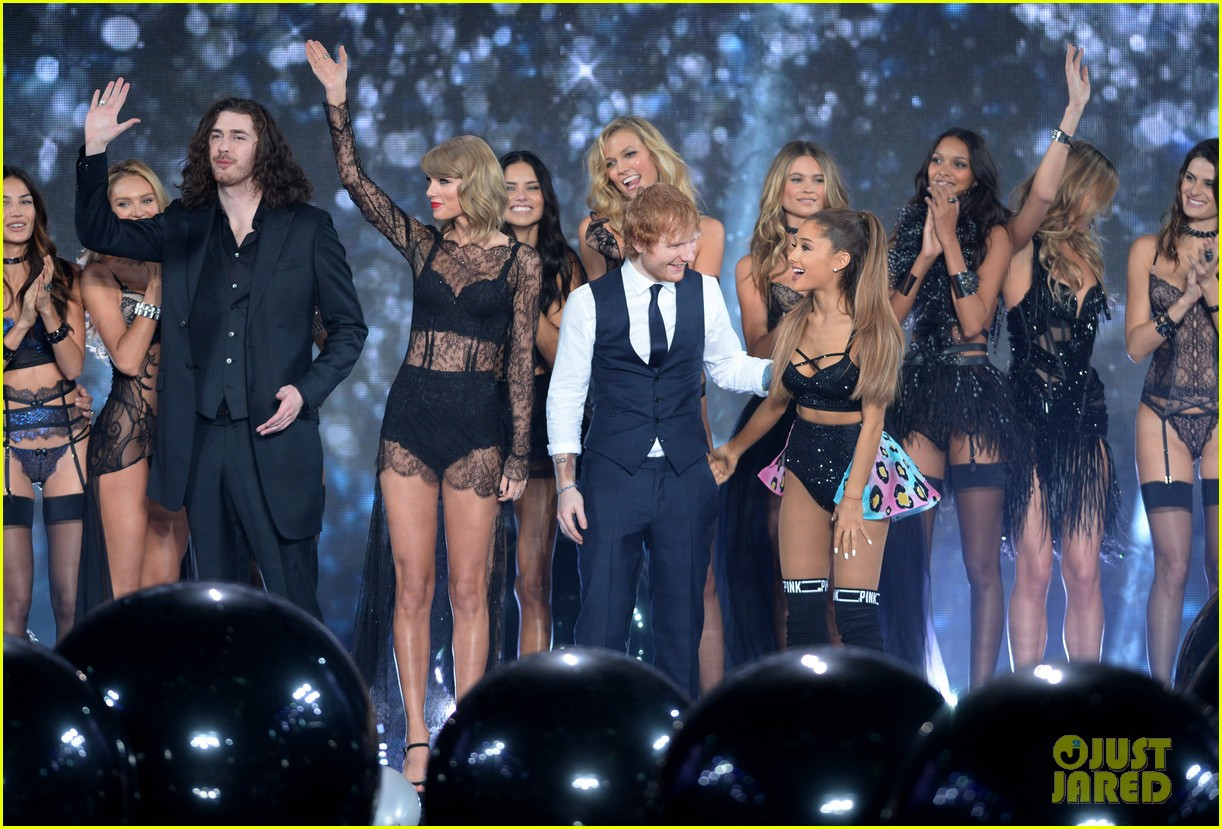 Victoria's Secret Fashion Show 2015 Ariana Grande Taylor Swift amp Ariana Grande