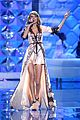 taylor swift victorias secret fashion show 2014 28