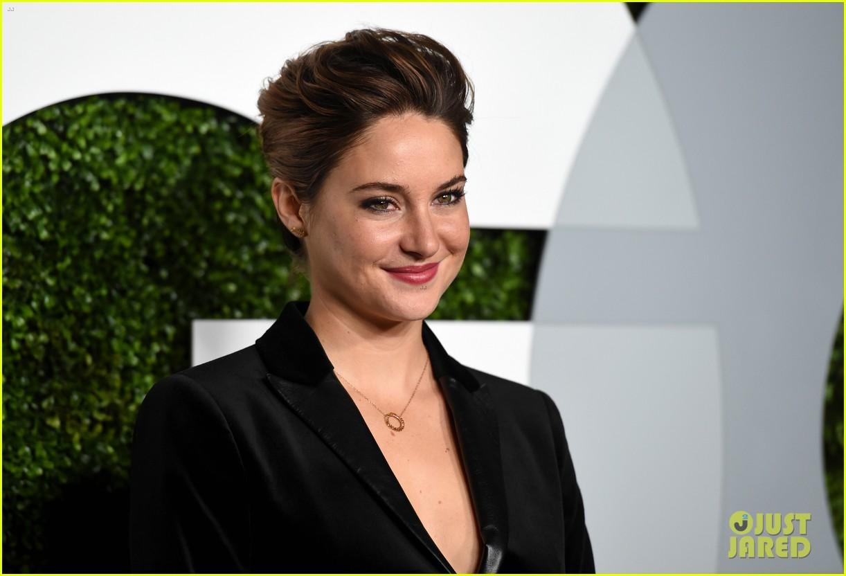 Shailene Woodley Amp Ansel Elgort Have A Red Carpet Reunion