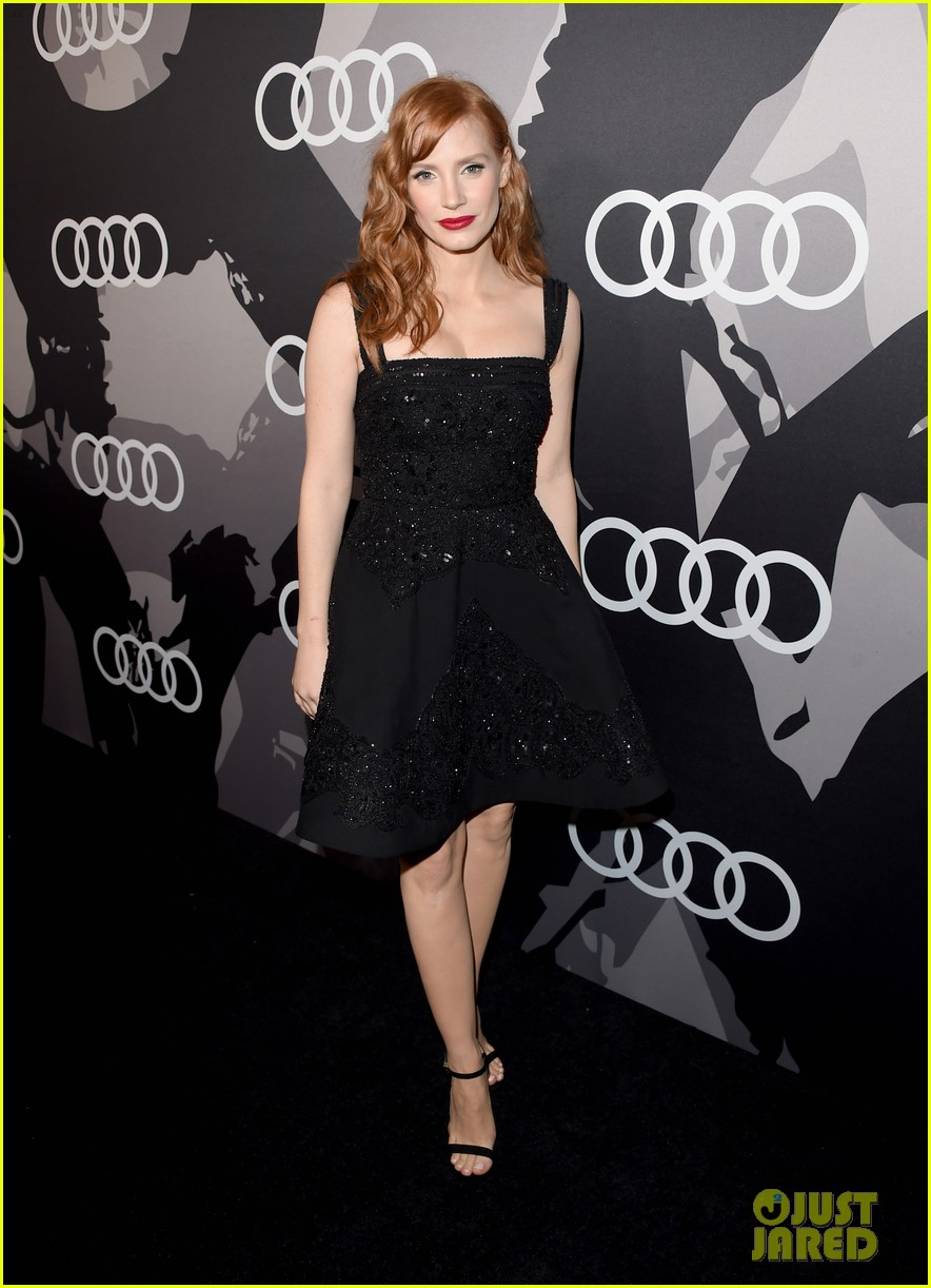 jessica chastain audi golden globes 2015 party 01