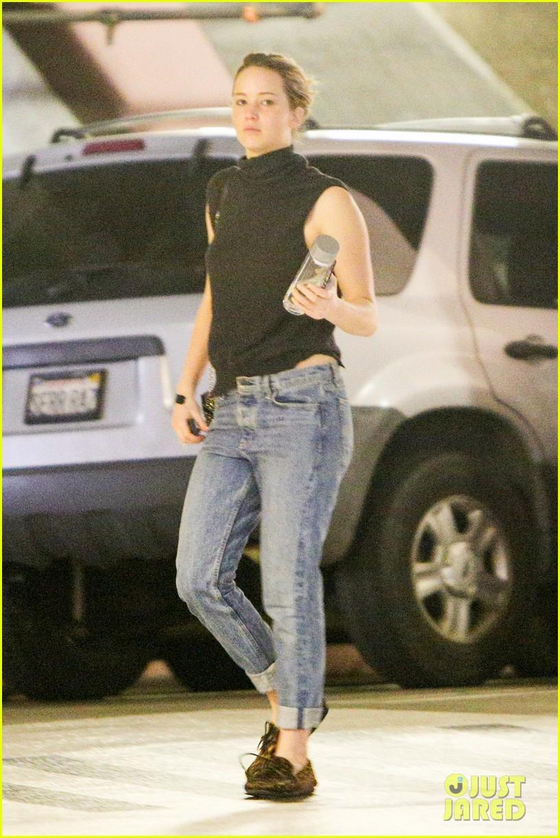 Jennifer Lawrence Makeup Free 22
