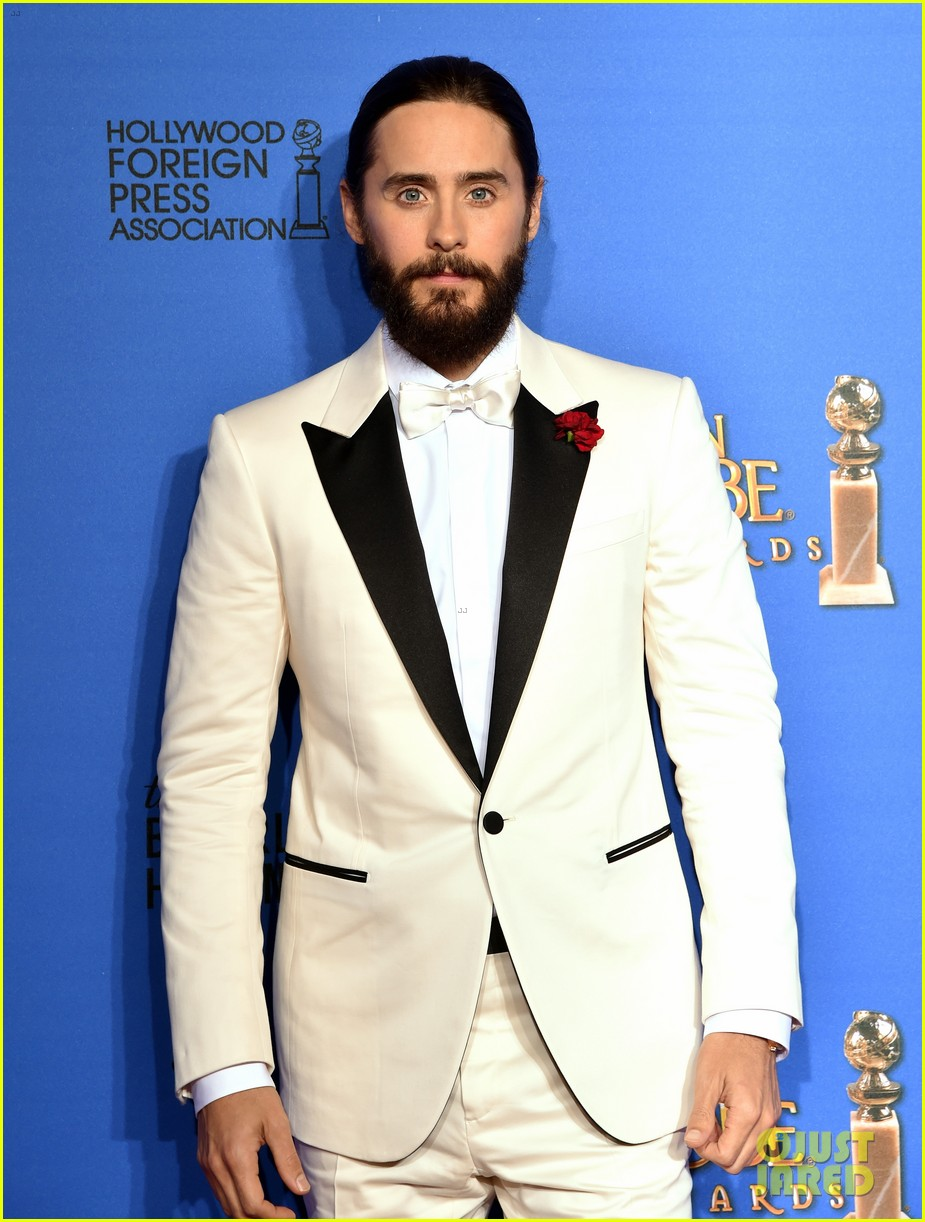 Jared Leto Honors Charlie Hebdo at Golden Globes 2015 ...