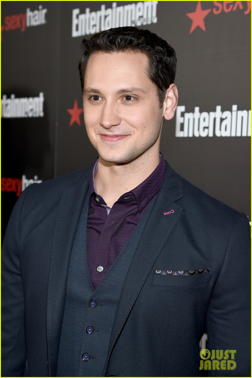 Matt mcgorry rolls out the sag awards 2015 red carpet photo matt mcgorry rolls out the sag awards 2015 red carpet ccuart Image collections