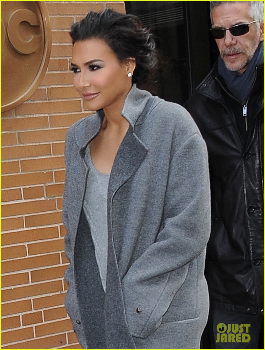 Naya Rivera Apologizes For Offending People With Showering