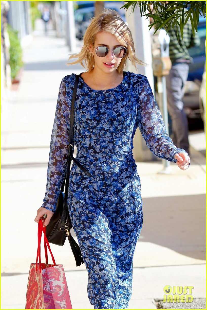 Full Sized Photo Of Emma Roberts Flower Maxi Dress Transparent 15