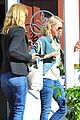 reese witherspoon hangs out with laura dern naomi watts 21