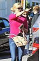 reese witherspoon hangs out with laura dern naomi watts 31