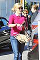 reese witherspoon hangs out with laura dern naomi watts 33