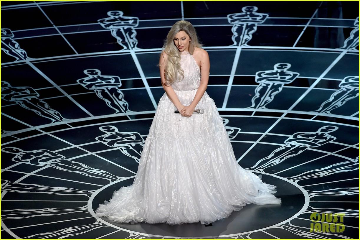 Oscar Sound of Music Lady Gaga Performance