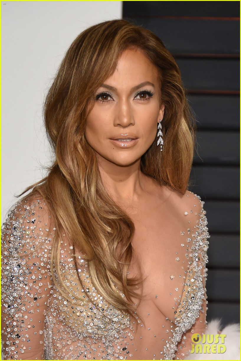 Jennifer Lopez Stuns in Sheer Dress at Oscars After Party 2015: Photo ...