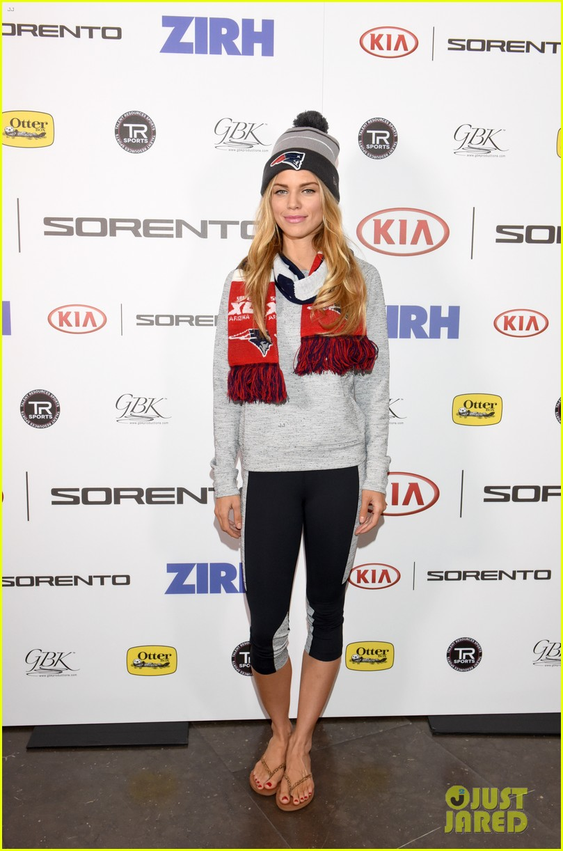 annalynne mccord mocks reports of her dating rick fox 053293175