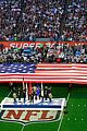 idina menzel national anthem super bowl 2015 06