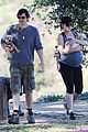 milla jovovich baby bump so big 05