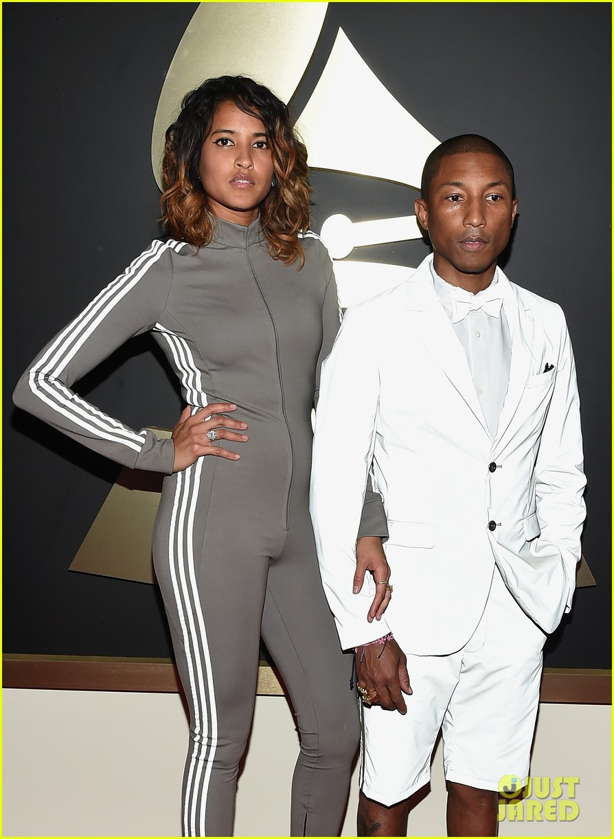 The Pharrell Williams Judging Taylor Swift Vine From Grammys 2015 Has Gone Viral Already Photo 3299526 2015 Grammys Pharell Williams Taylor Swift Pictures Just Jared