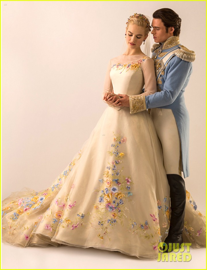 Lily James Cinderella Dresses Lily James Cinderella Wedding